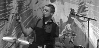 Pete Doherty in Aktion - mit den Babyshambles in Wiesbaden, Foto: Tanita S.