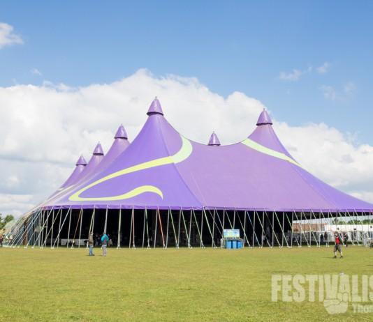 Das Zelt der Hauptbühne beim Groezrock 2014, Bild: Thomas Peter