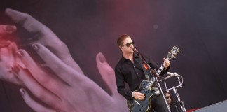 Paul Banks von Interpol beim Southside 2014, Foto: Thomas Peter