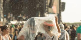 Regenfreitag beim Southside 2016, Foto: Thomas Peter